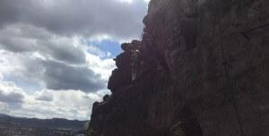 Nicolas Scheidtweiler auf der Karlsbrücke im Klettersteig Dezin in Tschechien - 7summits4help-Blog