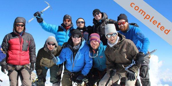 Auf dem Elbrus-Gipfel - Mission completed 2016 - 7summits4help