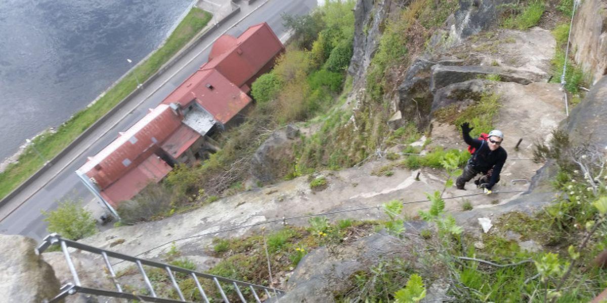 Toby-Dazenko-im-Klettersteig-Dezin-in-Tschechien-7summits4help-Blog