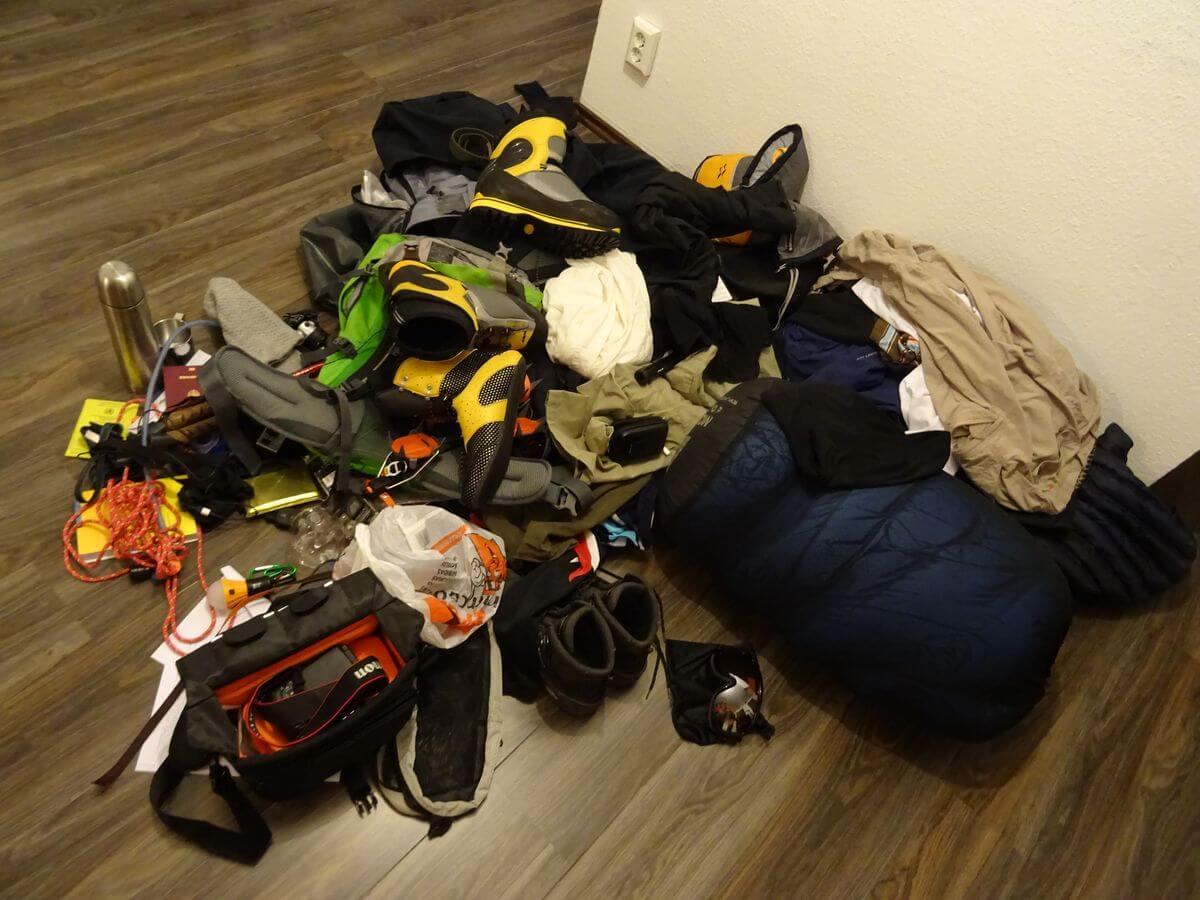 Aconcagua-Ausrüstung auf dem Haufen - 7summits4help
