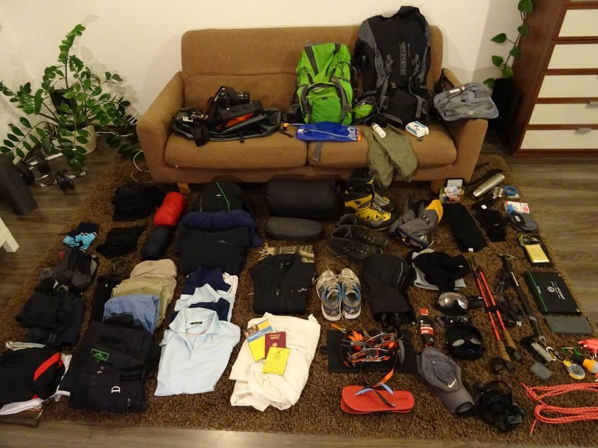 Aconcagua-Equpiment geordnet - 7summits4help