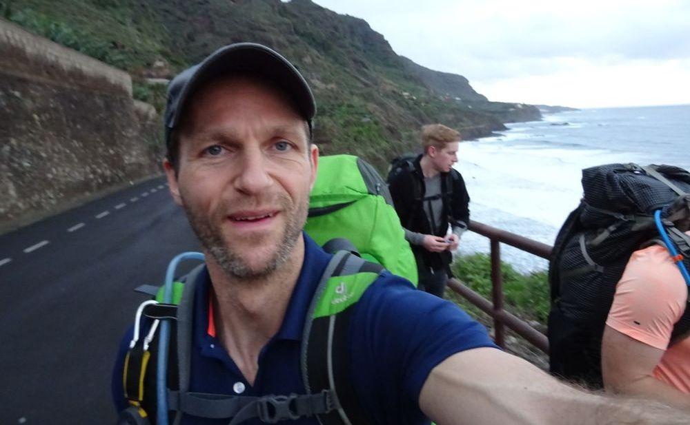 Der Start am Strand - 7summits4help von Socorro Beach zum Teide Teneriffa