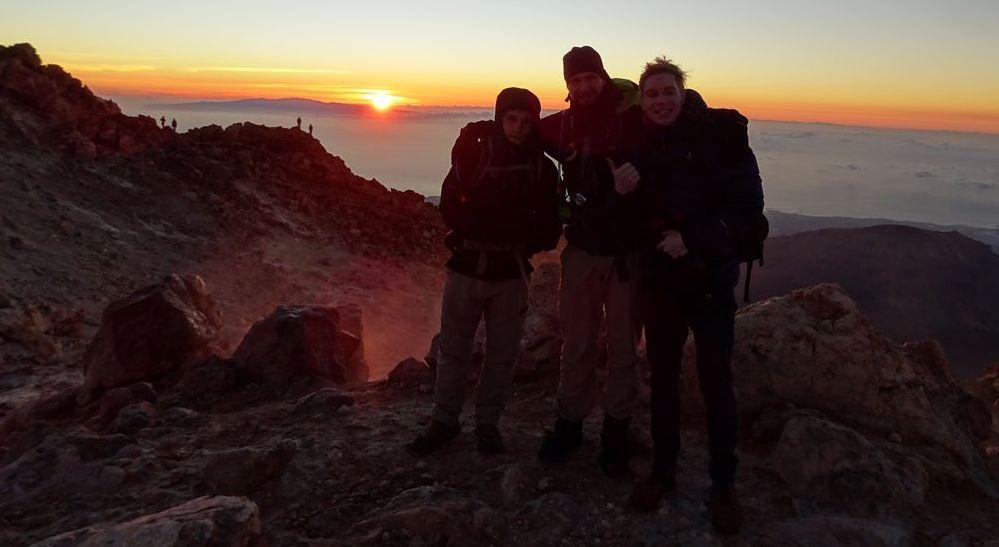 Das 3er-Team bei Sonnenaufgang - 7summits4help von Socorro Beach zum Teide Teneriffa