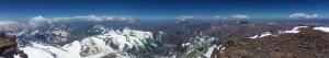 Blick vom Gipfel des Aconcagua über die Anden