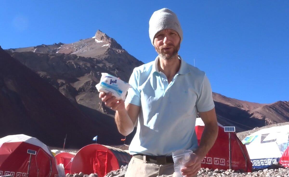 Feuchttücher im Basislager - Hygiene am Aconcagua - 7summits4help
