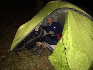 Das 1,5-Mann-Zelt soll reichen?
