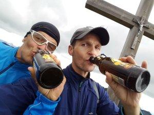 Bier mit dem Schwarzfuchs auf dem Ochsenälpeleskop