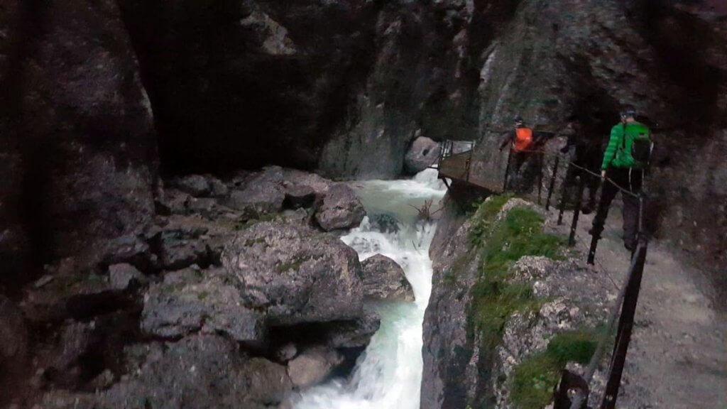 In der Höllentalklamm - Zur Zugspitze via Höllental über Klettersteig - 7summits4help-Blog