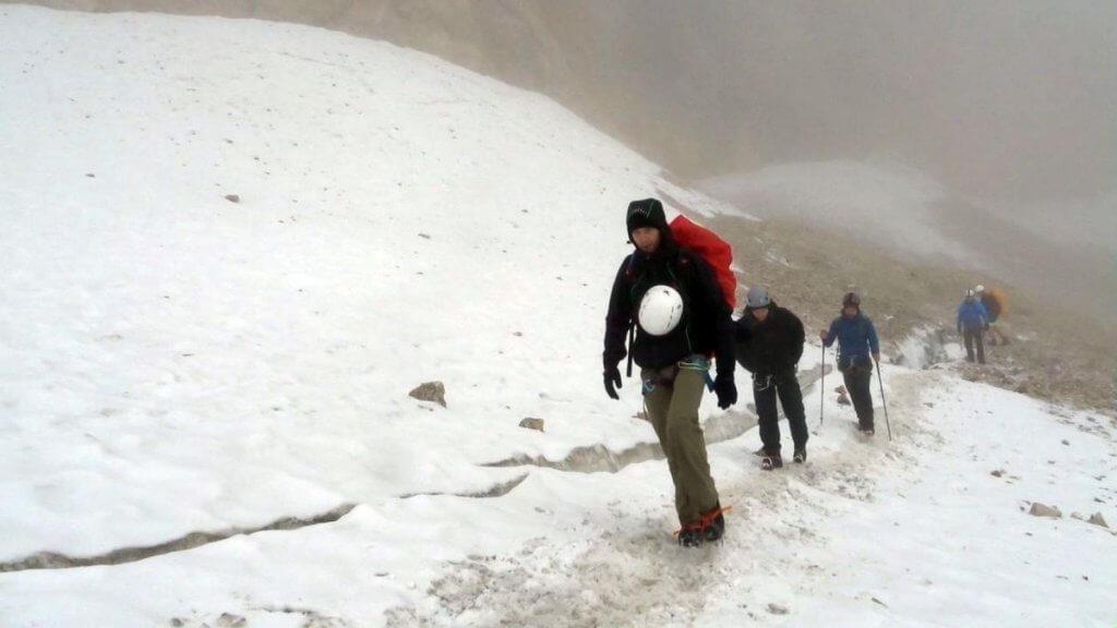 Los geht es auf den Ferner - Zur Zugspitze via Höllental über Klettersteig -7summits4help-Blog