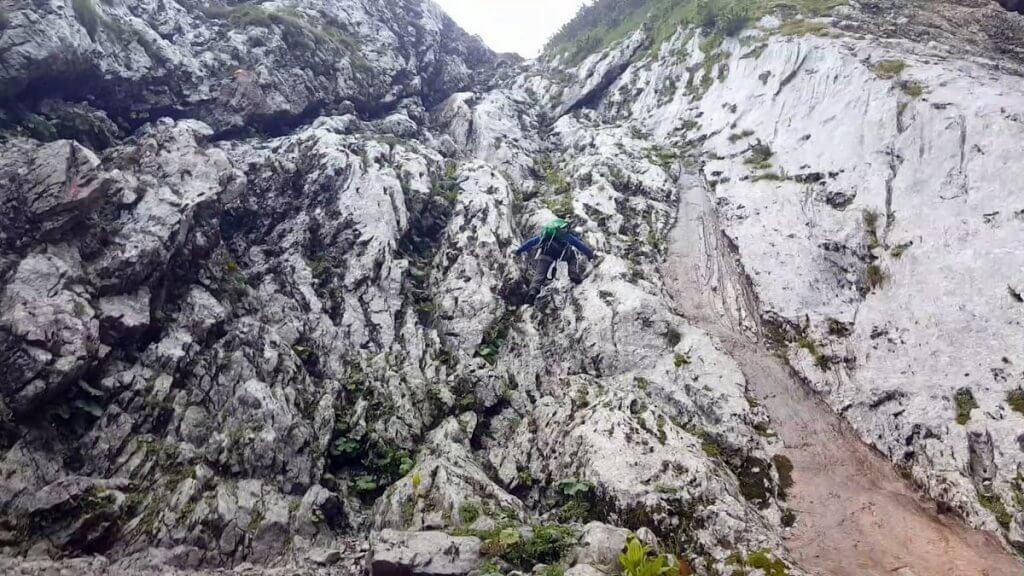 Schrofen-Kletterei - Zur Zugspitze via Höllental über Klettersteig - 7summits4help-Blog