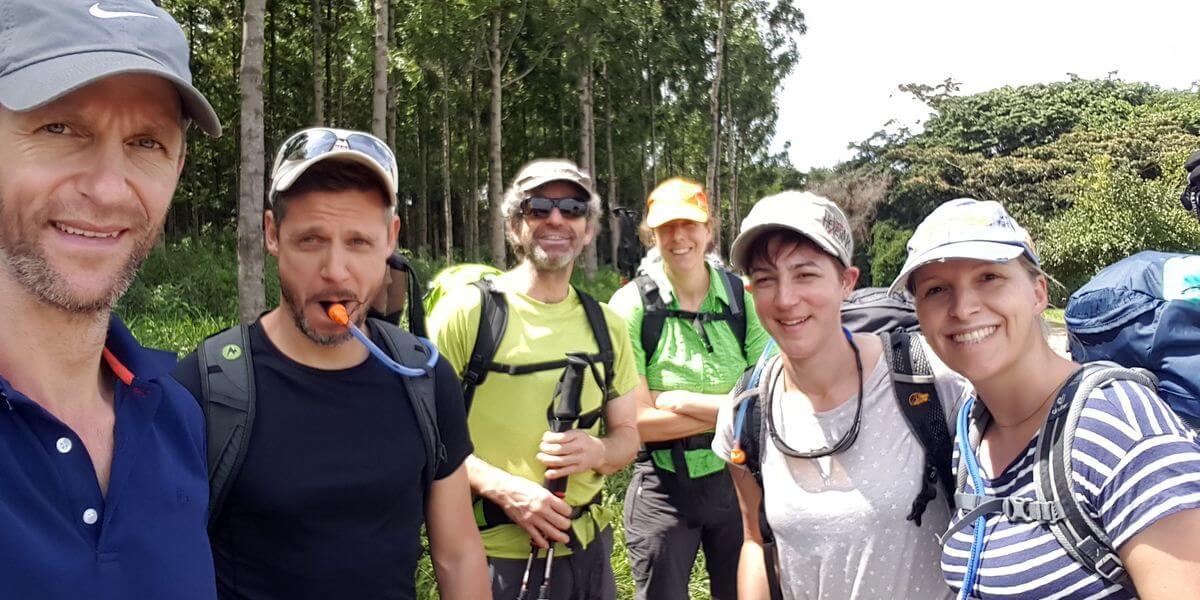 Das Team voller Vorfreude - 7summits4help auf dem Kilimanjaro - Rongai-Route