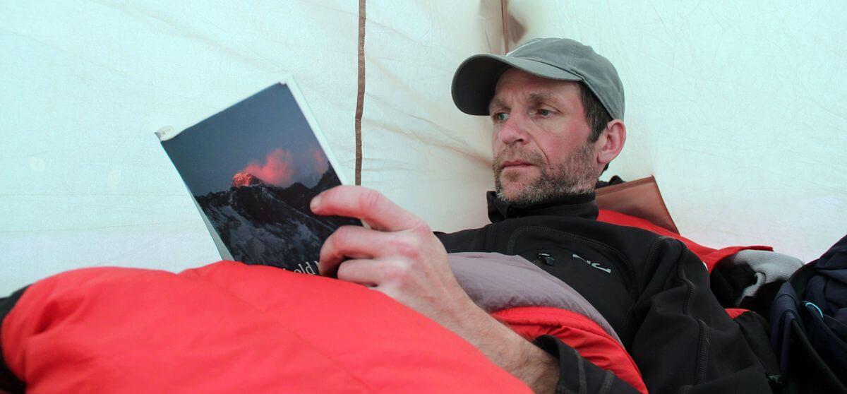 Chillen im Zelt an der Mawenzi Tarn Hut