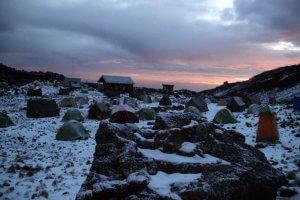 Morgenrot an der Mawenzi Tarn Hut