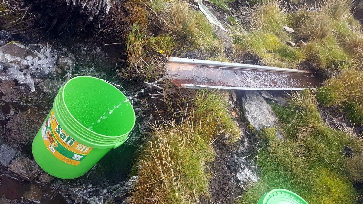 Quelle an der Mawenzi Tarn Hut
