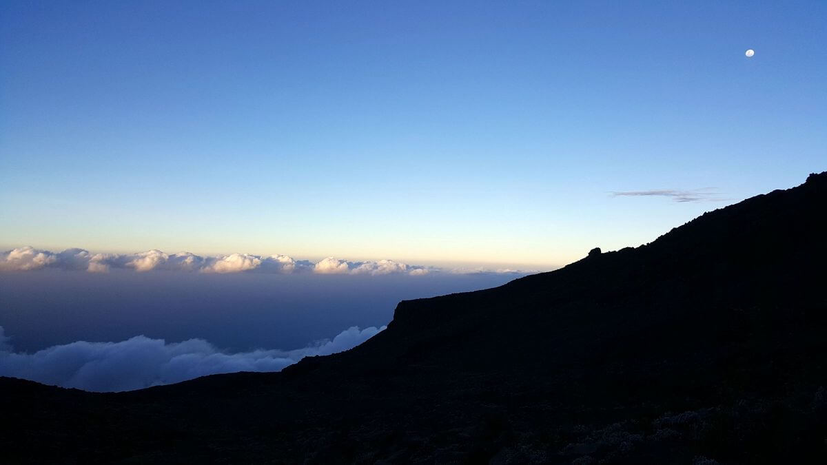 Sonnenuntergang an der Mawenzi Tarn Hut