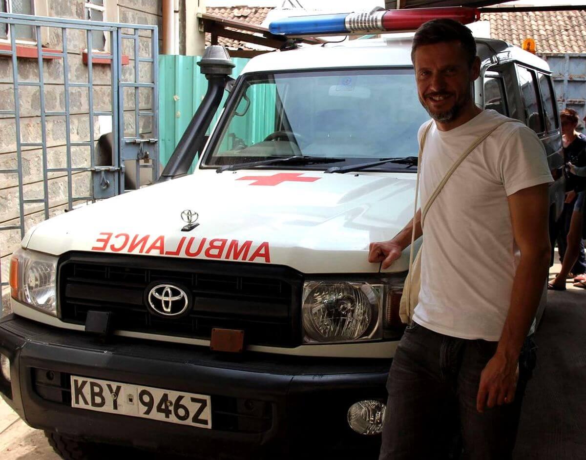 Tjalf mit dem Rettungskrankenwagen