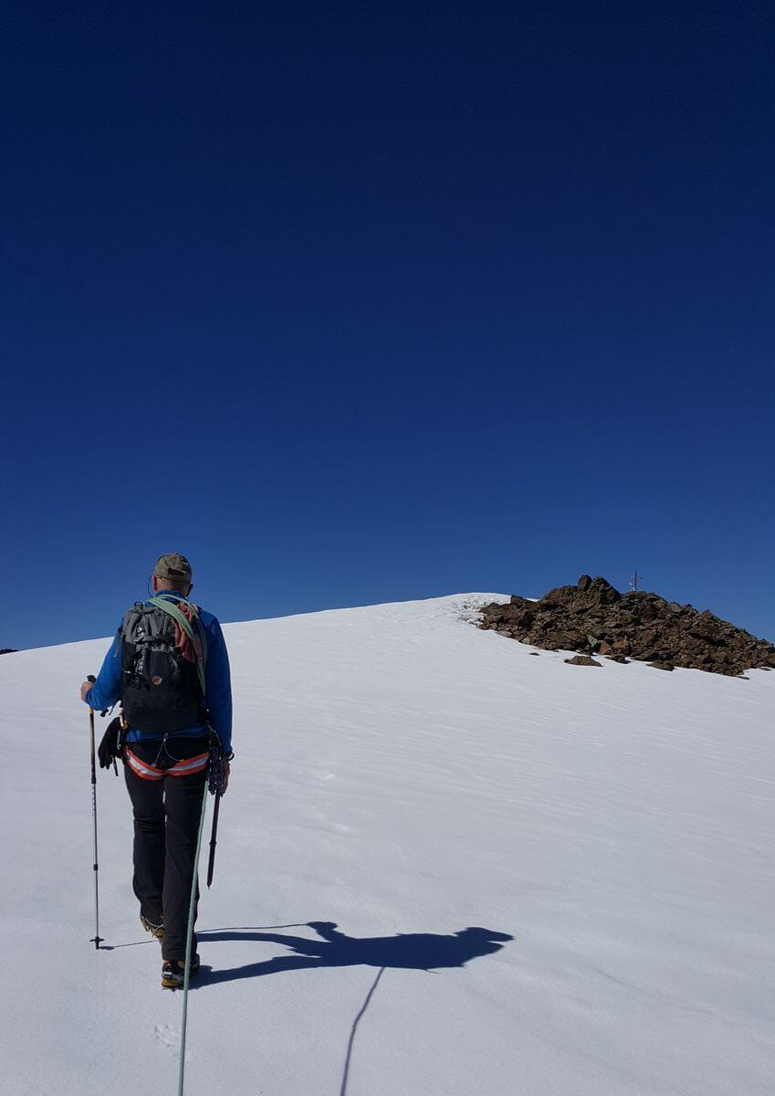 Bergführer Richard vorm Gipfel des Monte Pasquale