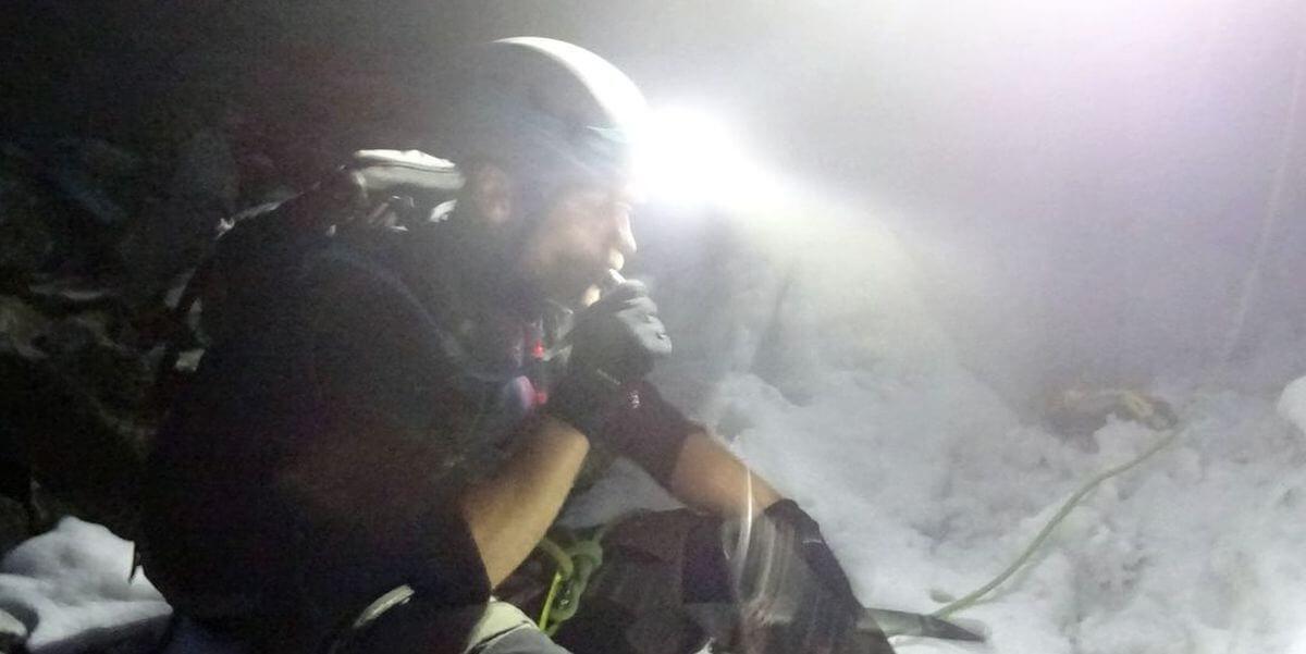 Tobias Dazenko am Gletscher zur Königsspitze - Alpinschule Ortler mit Jacopo Compagnoni
