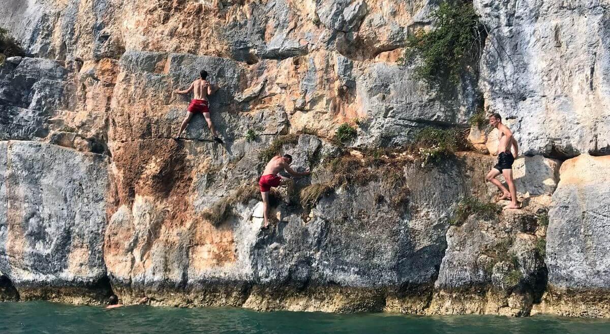 Kletterer wie Ameisen