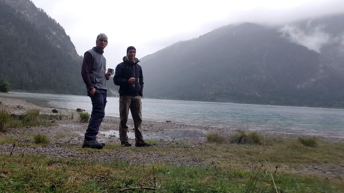 Rafael und Nicolas Scheidtweiler am Plansee - 7summits4help-Wanderlust