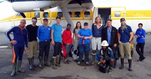 Unser Team beim Abflug in Timika
