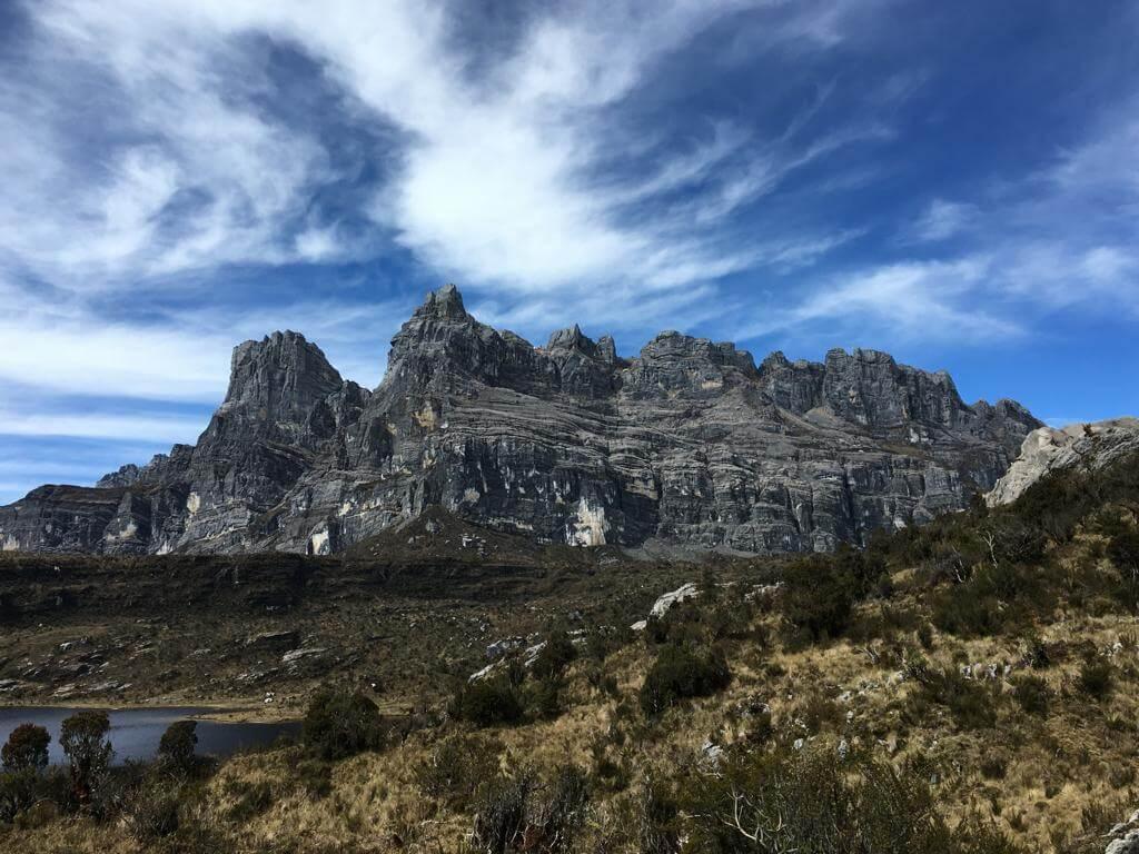 Faszinierende Felsen - Carstensz-Pyramide